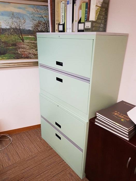 全新鐵櫃讓文件有個完整的家