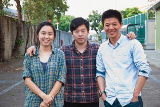 《自造世代》團隊成員右起製作人楊育修、導演蔡牧民、製作人兼創意總監賴珮芸
