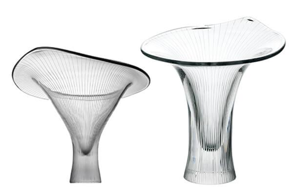 塔皮奧.維爾卡拉膾炙人口的花器,以森林中的黃菇為創作靈感。