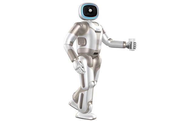 因疫情蔓延,而讓UBTECH Walker機器人在服務產業受到更多矚目。