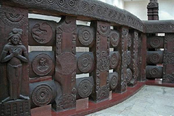 圖二:巴爾胡特圍欄雕刻