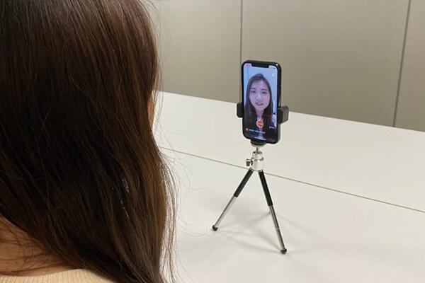 「AI面試」的遠距錄影面試,協助企業人資工作者招募甄選,除了簡化招募甄選流程外,也真正實現無接觸面試的應用,維護求職者和人資工作者的安全。